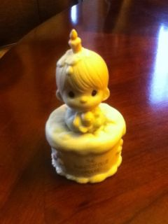 Precious Moments Figurine The Sweetest Club Around
