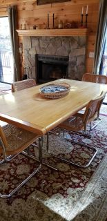 Mid century modern dining table with 2 leafs and 6 chairs