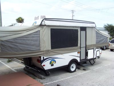 2014 Forest Rvr Travel Trailer (White)