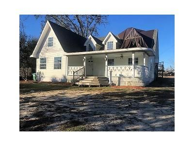 6 Bed 2 Bath Foreclosure Property in Marianna, FL 32446 - Lafayette St