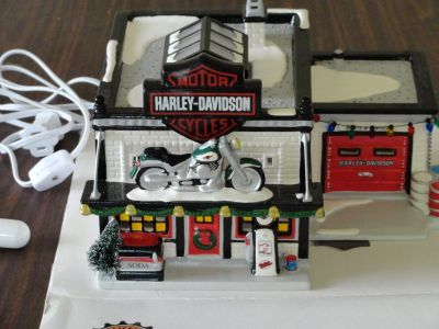 HARLEY DAVIDSON SHOP (LIGHTED) (NEW)