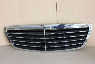 Buy 03 04 05 06 2003 2004 2005 2006 MERCEDES S CLASS GRILLE GRILL GENUINE OEM NICE motorcycle in Sun Valley, California, US, for US $115.00