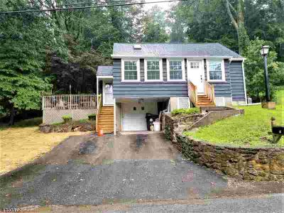 19 St Johns Rd Mount Olive Township, JUST LISTED!!!
