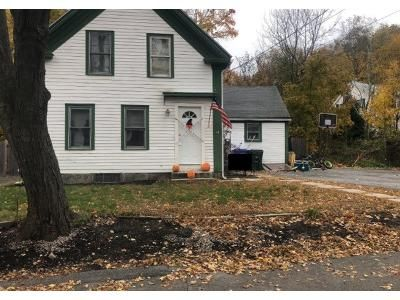 4 Bed 1.0 Bath Preforeclosure Property in Hopkinton, MA 01748 - Walcott St