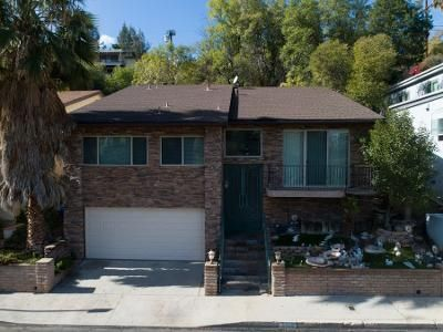 3 Bed 3 Bath Foreclosure Property in Woodland Hills, CA 91364 - Tendilla Ave