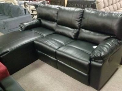 SECTIONAL SET WITH ONE RECLINING SEAT