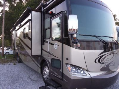 2011 TIFFIN PHAETON  40QBH  4 slides Like NEW  10k gen bath and a Half  Call 850-640-0528