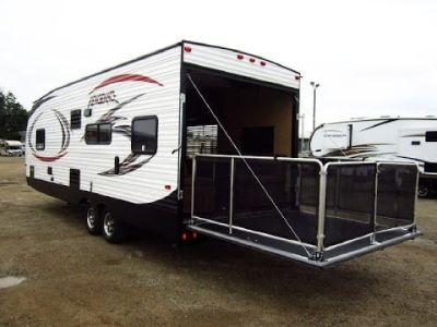 2014 Vengeance 25V Toy Hauler