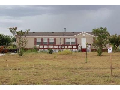 3 Bed 2 Bath Foreclosure Property in Rhome, TX 76078 - Pr 4732