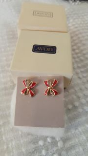 Ribbon earings by avon. Childs