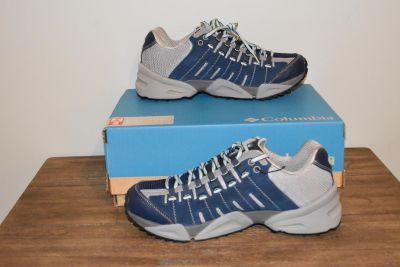 COLUMBIA Out Dry Womens Blue Gray Hiking Athletic Shoe Sz 9.5 NEW