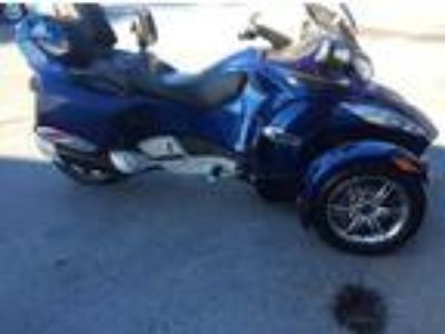2011 Can-Am Spyder RTS Blue Edition Trike