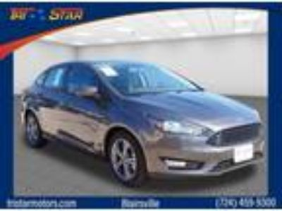 2018 Ford Focus Gray, new