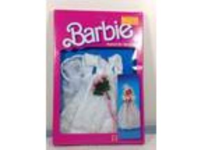 Barbie's Romantic Wedding Fashion Dress1986 Mattel