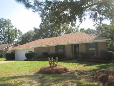 3 Bed 2 Bath Foreclosure Property in Jackson, MS 39206 - Clarence Dr