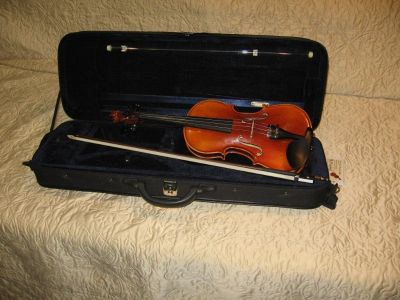 Violin - Otto Ernst Fischer ¾ size. Symphony Model OF450.