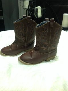 Unisex Toddlers Brown boots sz 8