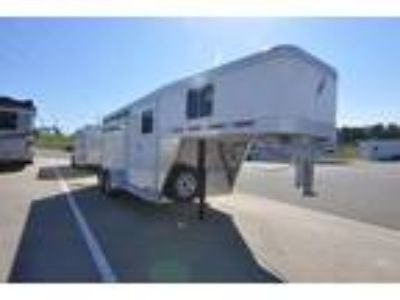 """2018 Featherlite Trailers 3-Horse Trailer Model 8533 with 67"""" Dressing Room"""