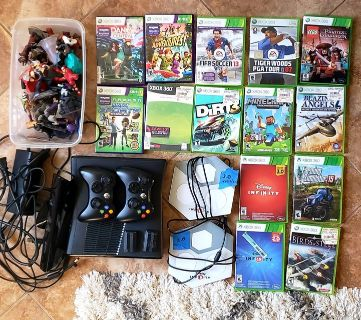 Xbox 360 with Kinect, plus 14 xbox 360 games