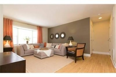 2 bedrooms Condo - Rent NOW and get $200 off Feb, March.