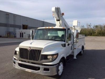 Sign Crane for sale VERSA-LIFT LT 62 mounted on 2012 INTERNATIONAL TERRASTAR