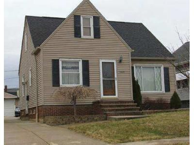 3 Bed 1.0 Bath Preforeclosure Property in Cleveland, OH 44134 - W 49th St
