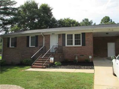 1179 Scenic Drive SHELBY, Well maintained home with 3