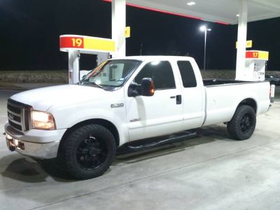 06 ford f250 sd ps 6.0 turbo diesel longbed 2wd        trade or sell