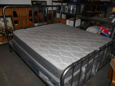 Large nice sturdy silver metallic bed frame and king size mattress