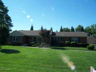 27 Cardwell Way LOUISVILLE, Gorgeous and spacious ALL BRICK