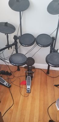 Alesis drum kit electric 7 set