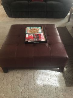 Couch, loveseat, 2 side tables, 2 lamps and ottomon