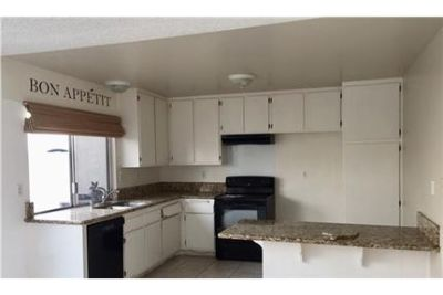 TWO STORY TOWNHOME IN CASITAS CALIFORNIA. Pet OK!