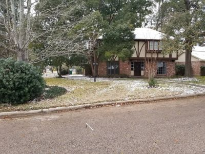 4-2.5-2 brick home for rent
