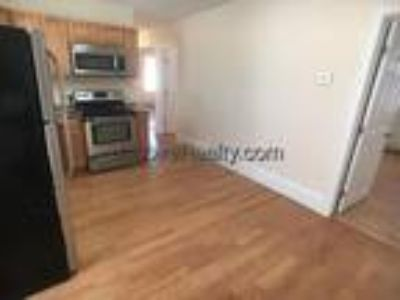 Somerville-Magoun Square- 2 BR-Two BA-Short Walk To The Bike Path***