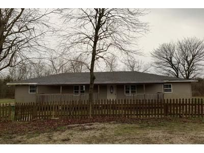 3 Bed 1 Bath Foreclosure Property in Cadet, MO 63630 - Sportsmans Rd