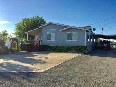 39 Mockingbird Lane Oroville Three BR, This home is situated on