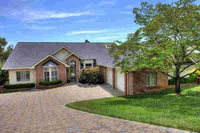 317 Kiyuga Way Loudon Three BR, one of the best lots in tellico