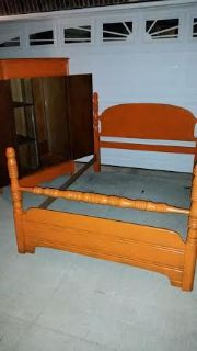 Antique Mandarin Orange 4 Piece Full/Size Bedroom Suite