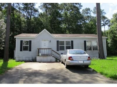 3 Bed 2 Bath Preforeclosure Property in Humble, TX 77396 - Volvo Ct