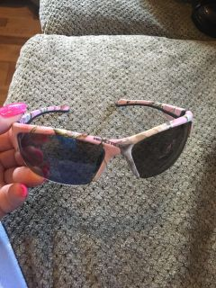 Pink camouflage real tree sunglasses