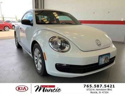 Used 2015 Volkswagen Beetle 2dr Auto PZEV