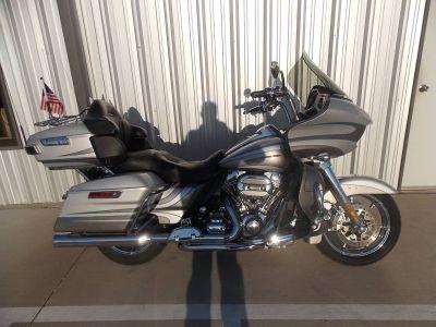 2016 Harley-Davidson CVO Road Glide Ultra Touring Motorcycles Springtown, TX