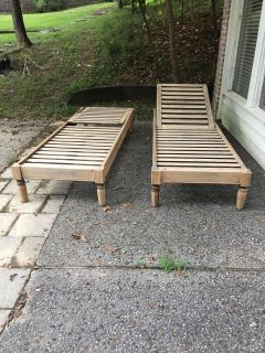 Pottery barn chaise lounger