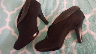 ankle boots size 10 wide