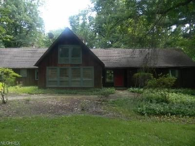 3 Bed 3 Bath Foreclosure Property in Chagrin Falls, OH 44023 - Ober Ln