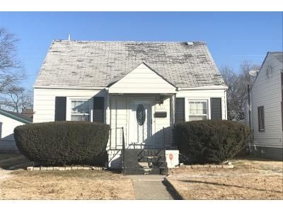 2 Bed 1 Bath Preforeclosure Property in Hammond, IN 46324 - 177th Pl