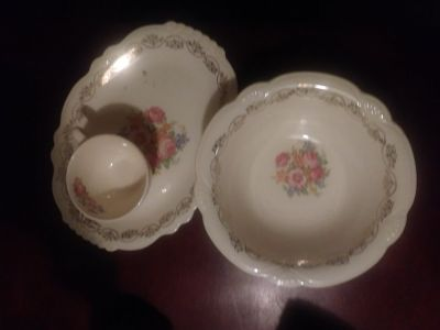 Homer Laughlin China Set 28 pieces