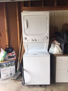 Stackable GE washer and gas dryer for sale, $900 or best offer!