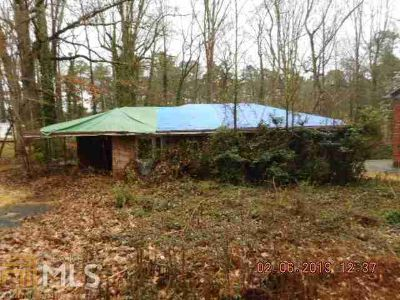1581 Mcclelland Ave East Point Three BR, Brick Ranch home with